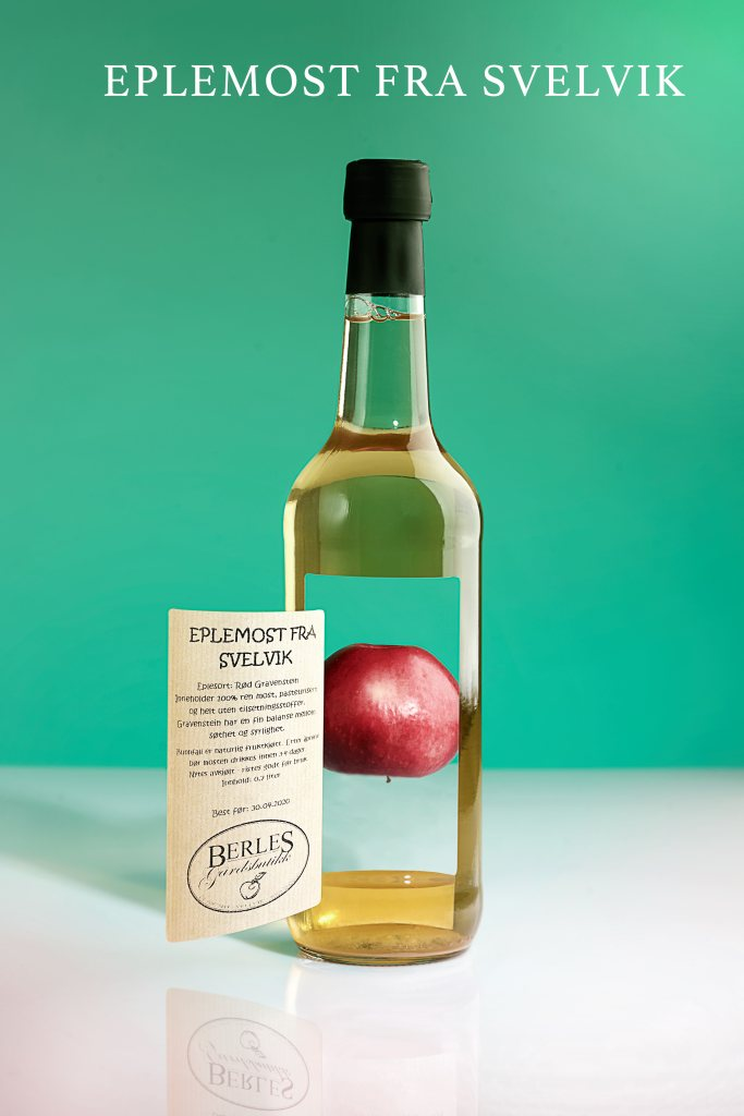 Product photography / apple juice in a creative setting