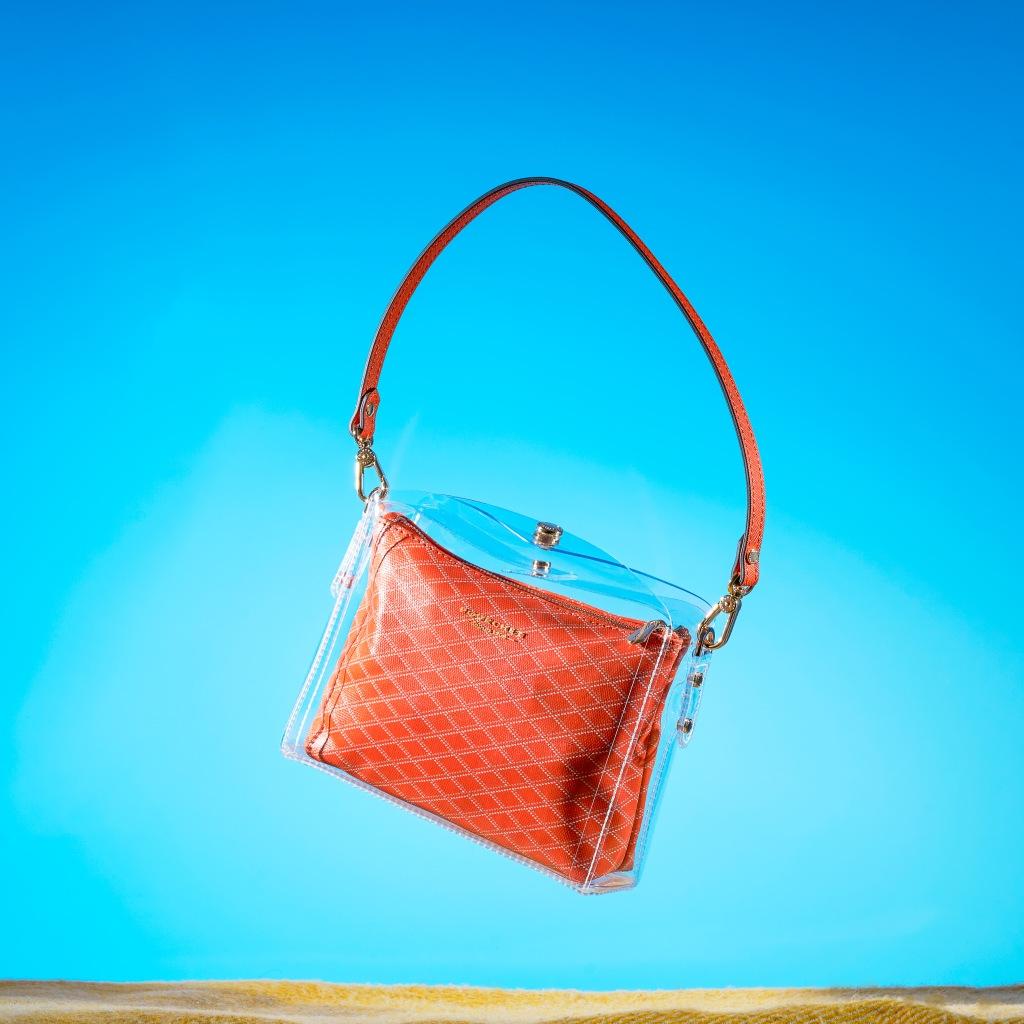 Flying handbag product photography / produktfotografering